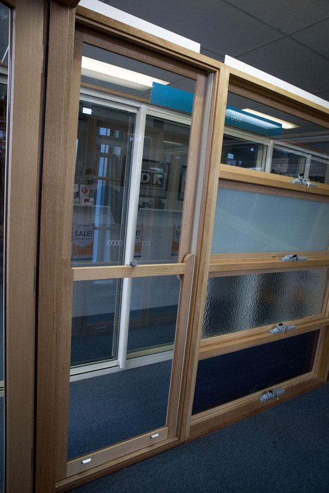 Timber double hung windows stock windows and doors for Double hung window